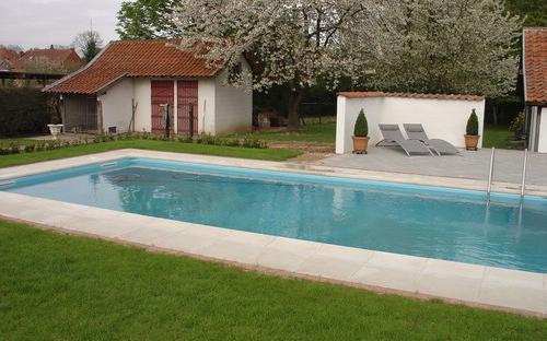 Blokit zwembad rechthoekig met inox ladder aquacenter for Zwembad houtlook